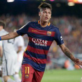 Victor Allen's Nu New Sportz: Soccer Is Boss Sport After Neymar's $222 Million Transfer, Gatlin Wins & Bows To Bolt! (8-7-17)