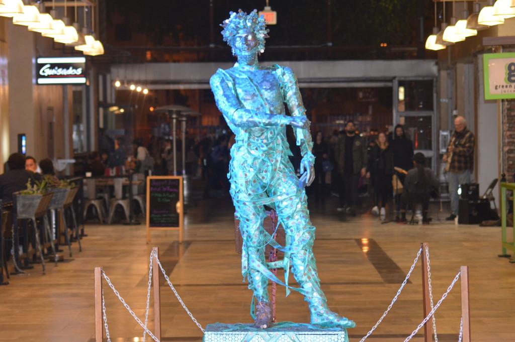 Victor Visits Artwalk LA (03-10-16)