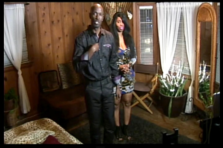 """iVictor Featuring Meko's Challenge: Mike Admits To A """"Marriage On The Rocks"""" & More Drama Is On The Way! (1-6-17)"""